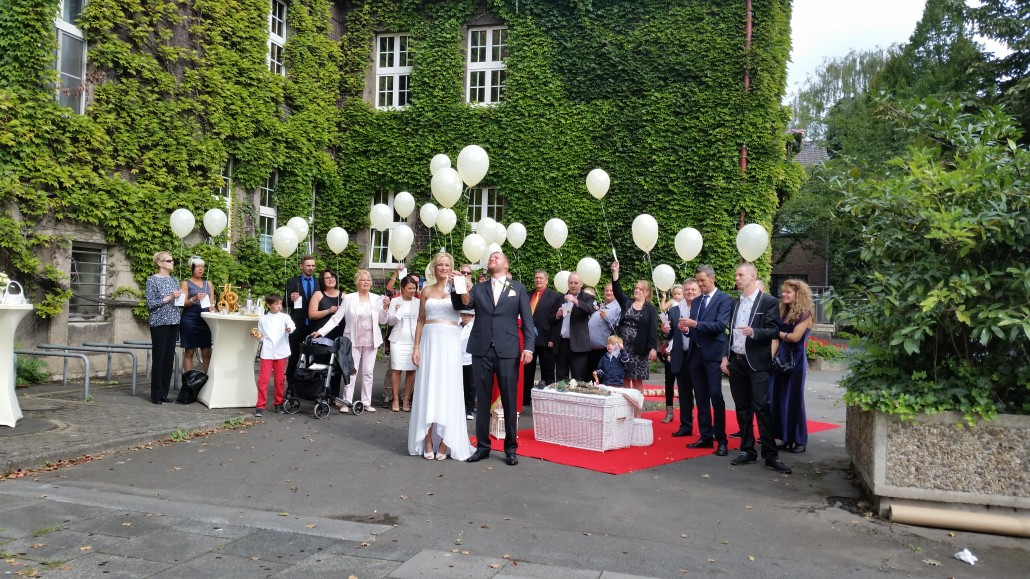 Ballons zur Hochzeit Duisburg Rheinhausen