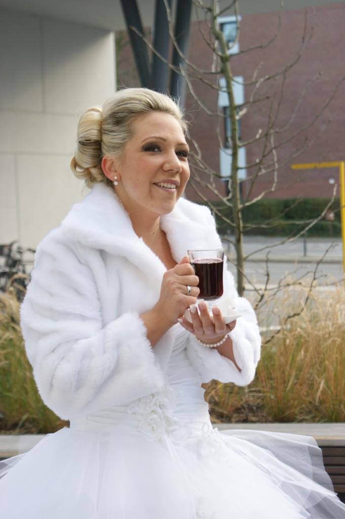Braut Gluehwein statt Sekt