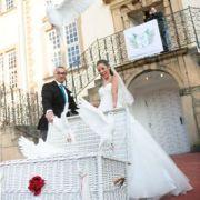 Tauben zur Hochzeit fliegen bei Sarah und Pietro Lombardi