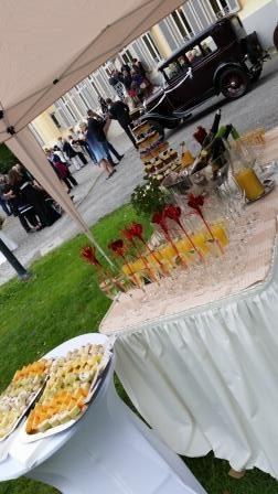 Sektempfang zur Hochzeit Bild 6