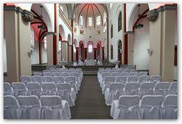 Gesamtansicht der Klosterkirche Hennef