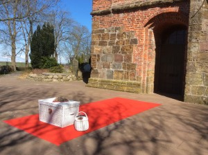 weiße Hochzeitstauben in Nordenham Blexen